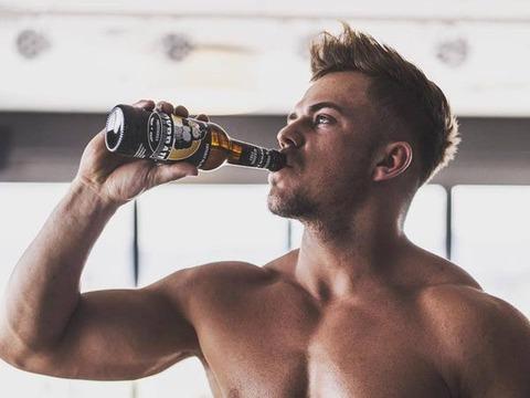 ビールが筋肉老化抑制 毎日83リットル飲めば 徳島大、寝たきり防止に期待