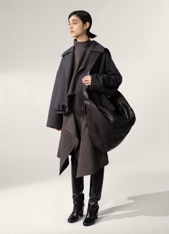 新しいバッグ欲しいんだけど、コレどう?お前らの意見聞かせてくれ