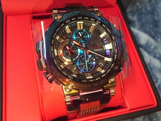 【画像】ワイさん、めちゃくちゃイカした腕時計を買ってしまいご満悦ww