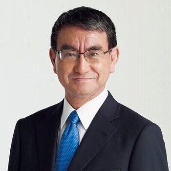 【悲報】河野太郎「今晩巨人の応援するぞと思ったけど日本シリーズって地上波でやらないんだ」