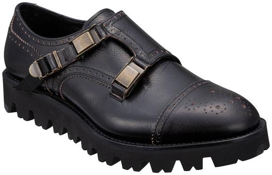 【画像】高級革靴のリーガルから発売された新製品が微妙すぎる