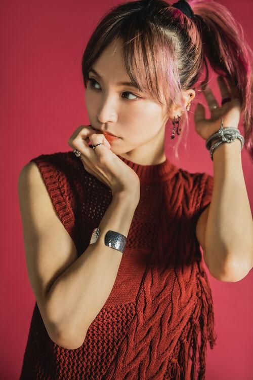 【画像】歌手LiSAさんのスッピン