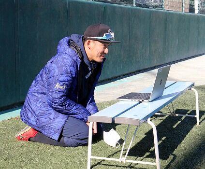 DeNAから巨人移籍の梶谷隆幸さん(32)オラつき一転「信頼される行動を」「坂本とやりたかった」
