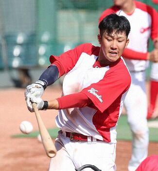 【悲報】小園海斗さん、首脳陣に態度や野球への姿勢を指摘されキャンプは二軍スタートを命じられる