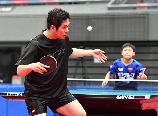 """""""卓球ストーカー""""のおっさん(35)、誰よりも努力して初出場した全日本で13歳に完敗"""