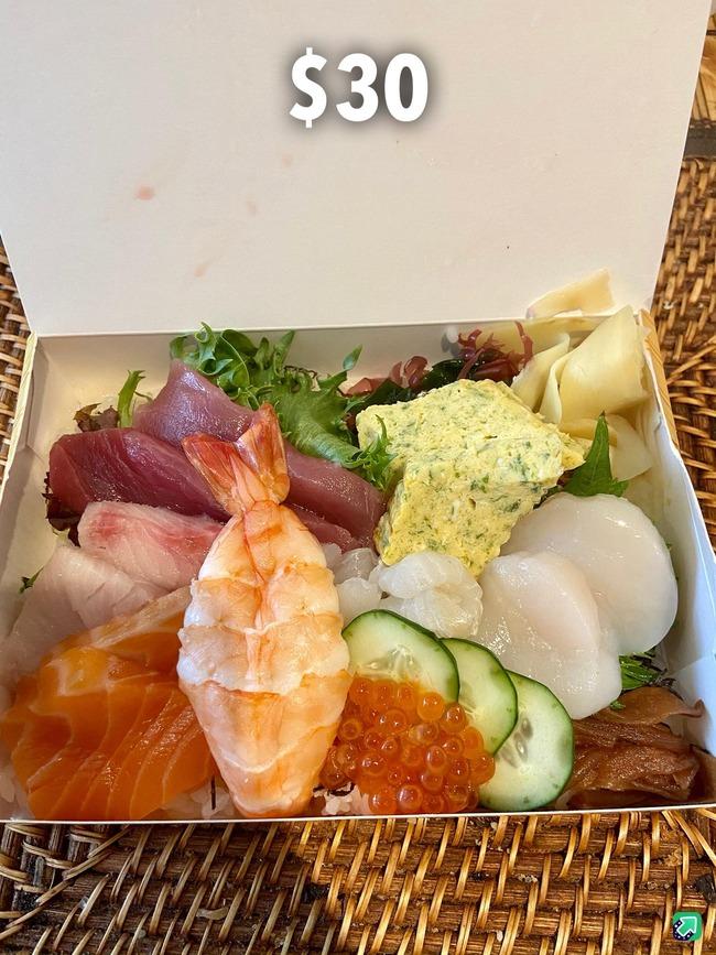 【悲報】日本式の寿司、アメリカ人にバレるwww