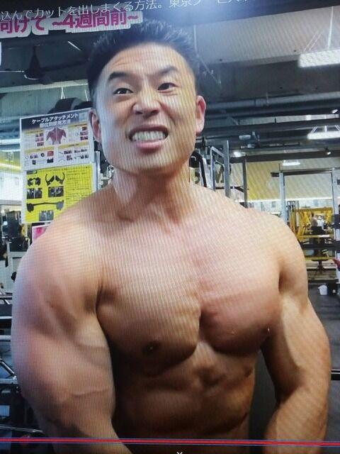 【画像】中山きんに君(42歳)、最近の筋肉の発達が異常