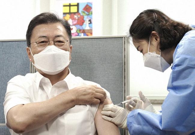 【悲報】韓国「ワクチンのスケジュールはぁ〜」 製造会社「それ言っちゃダメな奴だろ!」