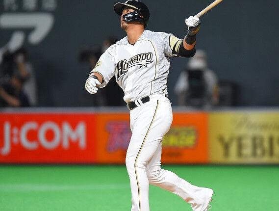 打率.250 25本塁打 100打点 OPS.750に最も近い選手に贈られる中田賞