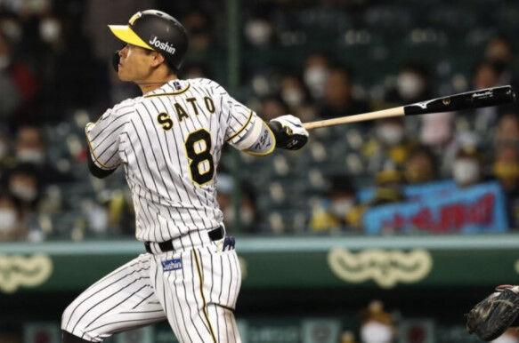 佐藤輝明さんが最後にホームラン打ったときのなんJ民wwwww