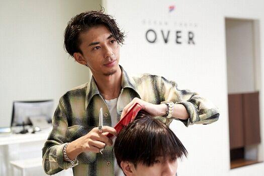 【悲報】美容師さん、クチコミ欄で客とレスバを繰り広げてしまう・・・